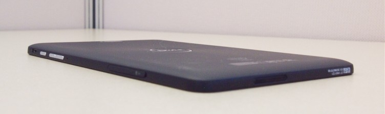 Dell Venue 8 Pro -- Side View
