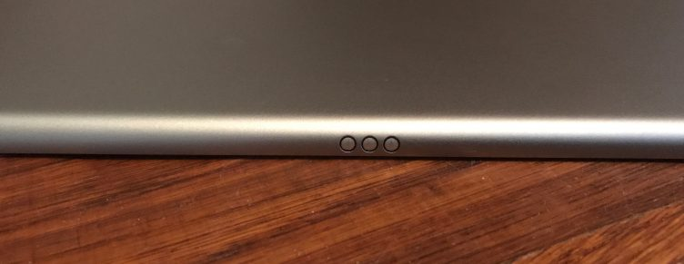 iPad Pro Smart Connector