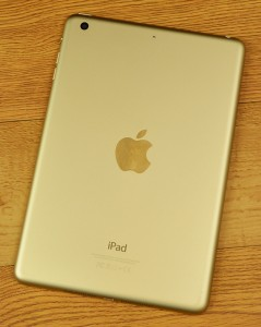 Apple iPad Mini 3 is available in gold